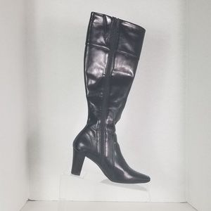 Shoes - Nickels Boots Size 8